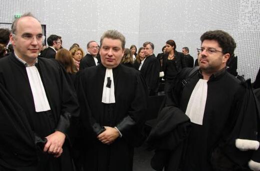 """Résultat de recherche d'images pour """"image d un avocat au proces"""""""