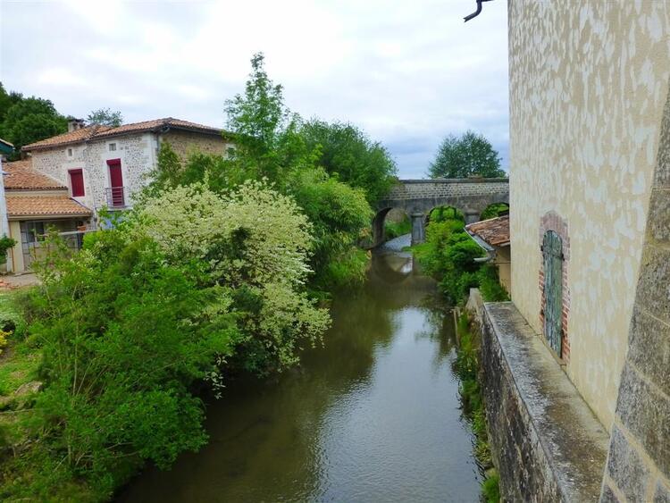 Vitrac-saint-Vincent,Charente.