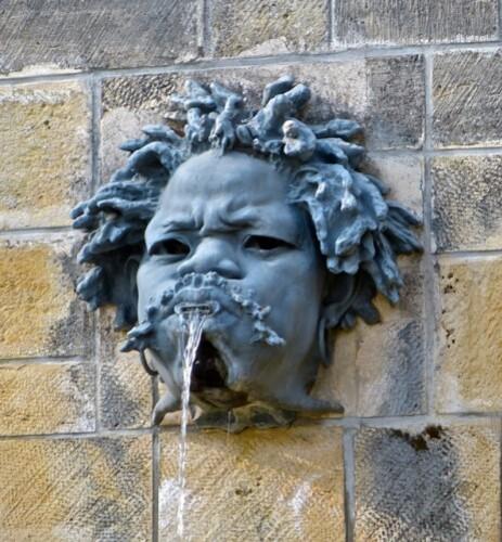 Sceaux mascaron fontaine Rodin 90802