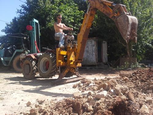 Tranchées électricité et eau pluviales: 20 Juin 2015