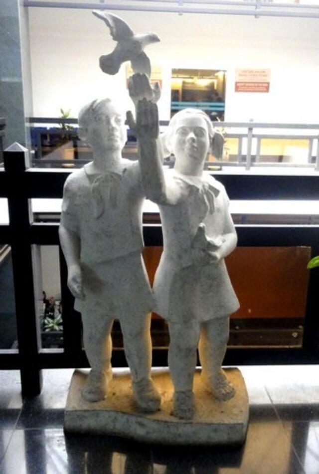 27 février: Visite d'Ho Chi Minh, le musée de la guerre, le marché, la pagode de Jade.