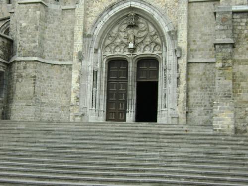 église a mons