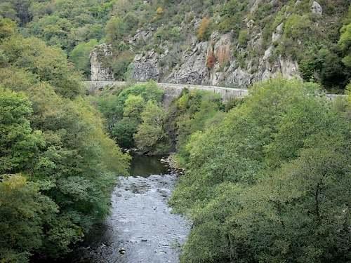 Les gorges de la Sioule  (Puy de Dôme)