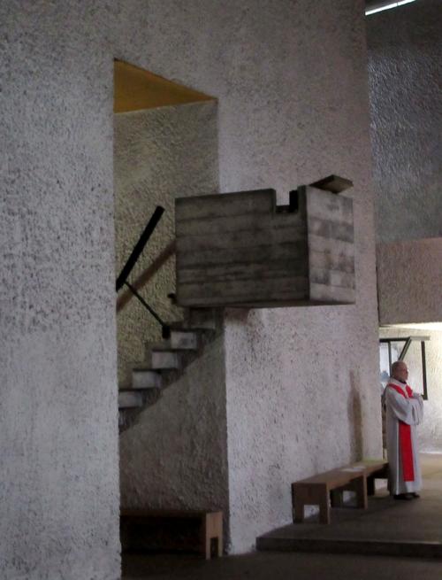 La chapelle  Notre-Dame-du-Haut à Ronchamp, œuvre de Le Corbusier