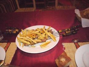 Brochettes et frites