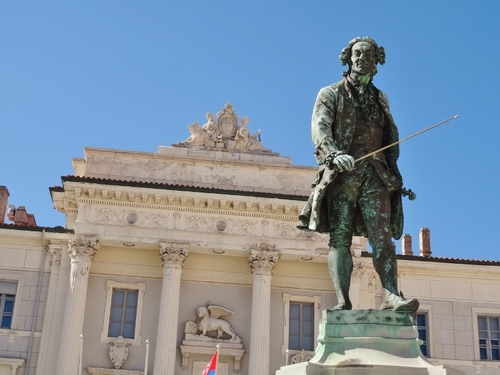 Piran: autour de la Place Tartini (photos)