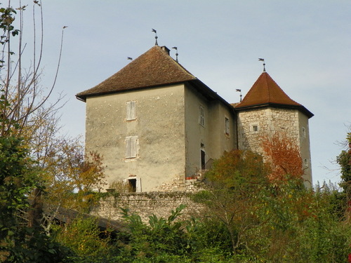 Le château de Lavours