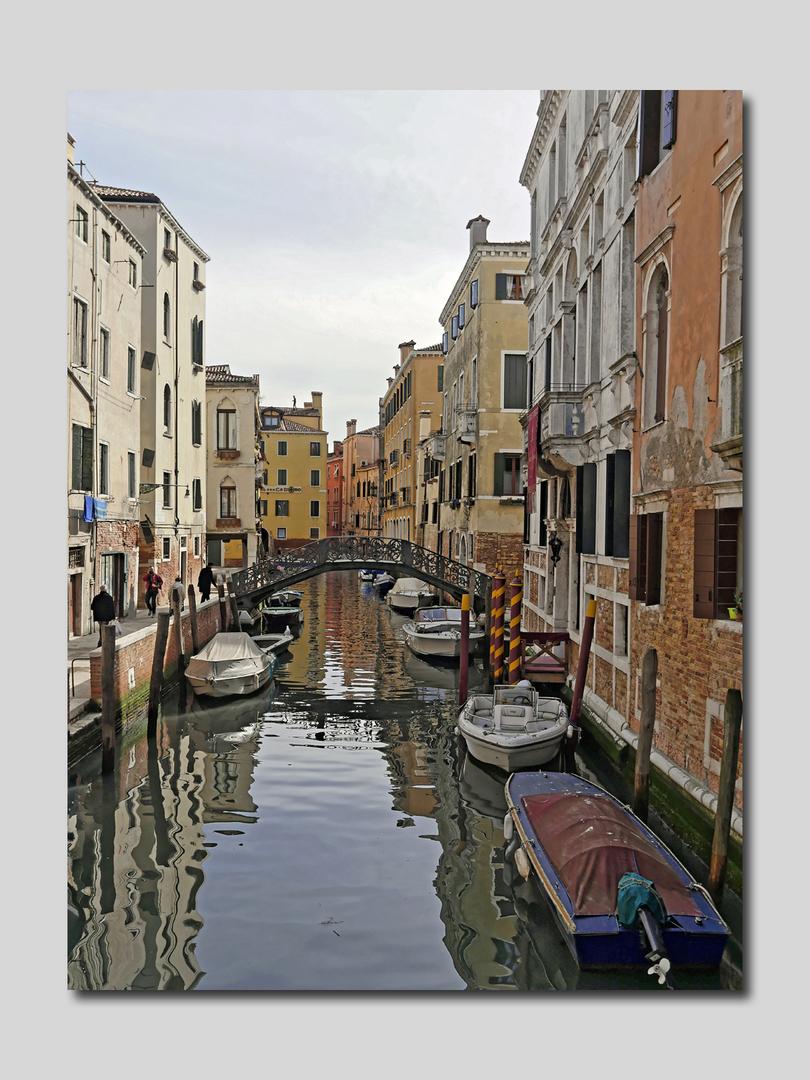 Venise par ses canaux 1