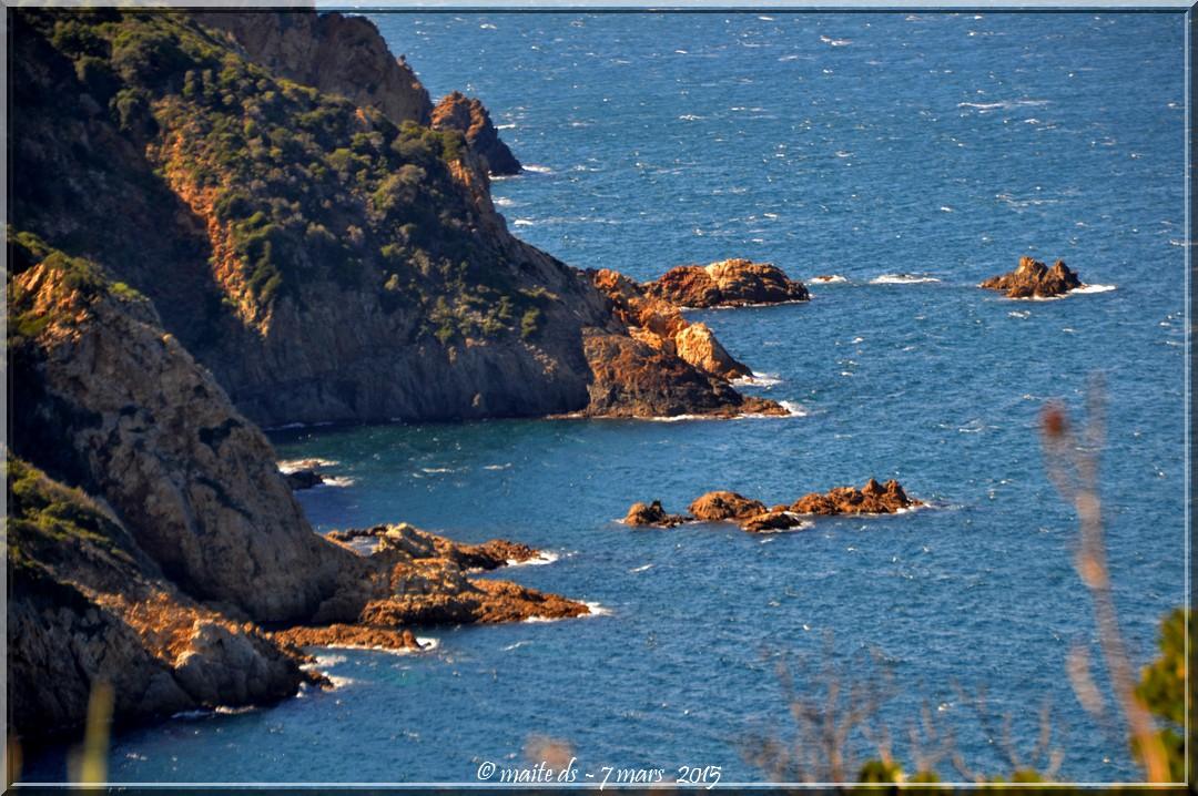 Sur la route du bord de mer Galéria-Calvi - Corse