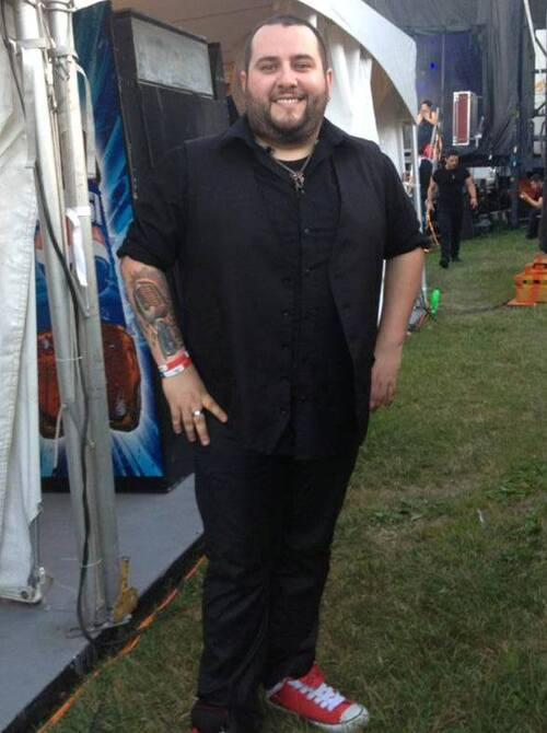 Jason juste avant le spectacle des Vikings ce soir à Sherbrooke