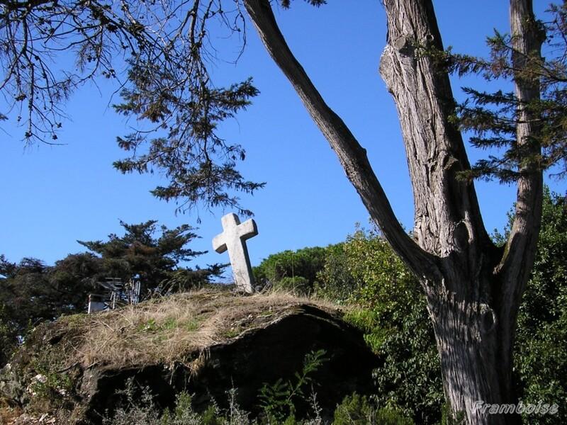 La Croix des Huguenots au château de  Pornic