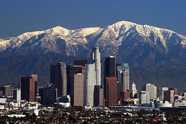 800px-LA Skyline Mountains2 los angéles