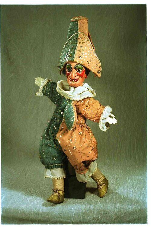 Les Marionnettes