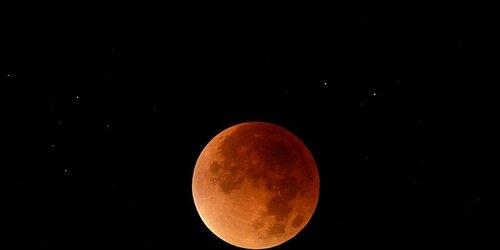 Une éclipse lunaire