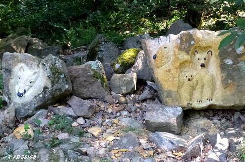 Les animaux sculptés de la forêt de Saint Georges