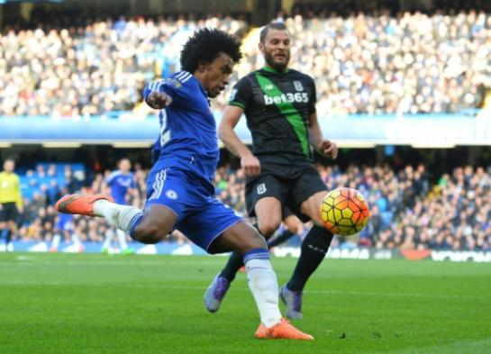 Willian et Chelsea neutralisés par Stoke City sur leur pelouse de Stamford Bridge, le 5 mars 2016