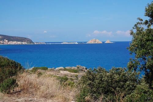 Vue sur l'île Rousse