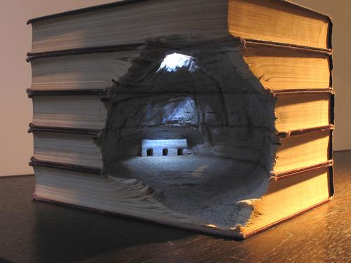 L'érosion des connaissances par Guy Laramée