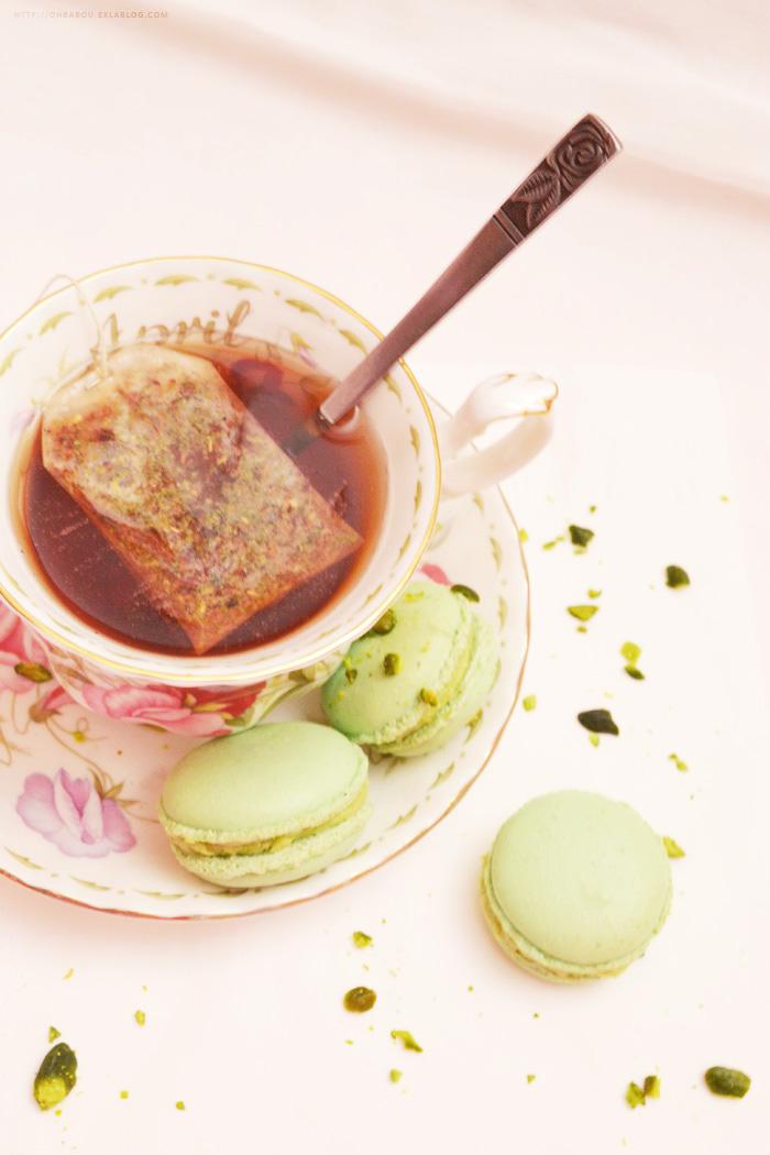 Des macarons pistache pour le thé...