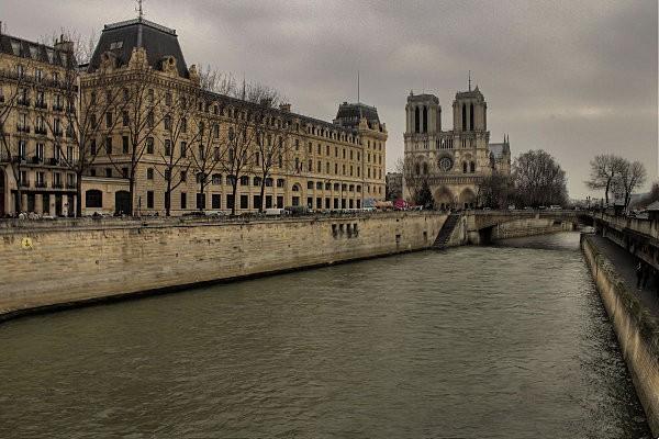 Paris 2859 7 8 hdr
