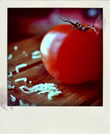Gratin de gnocchis à la tomate et au basilic