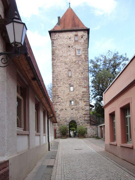 Turm Ausgang Altstadt Villingen.JPG