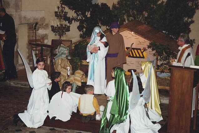 http://www.ensemble-saint-denis.net/images/cr%C3%A8che%20vivante.JPG