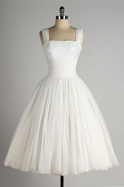 Robe de mariée courte princesse rétro bustier sequins