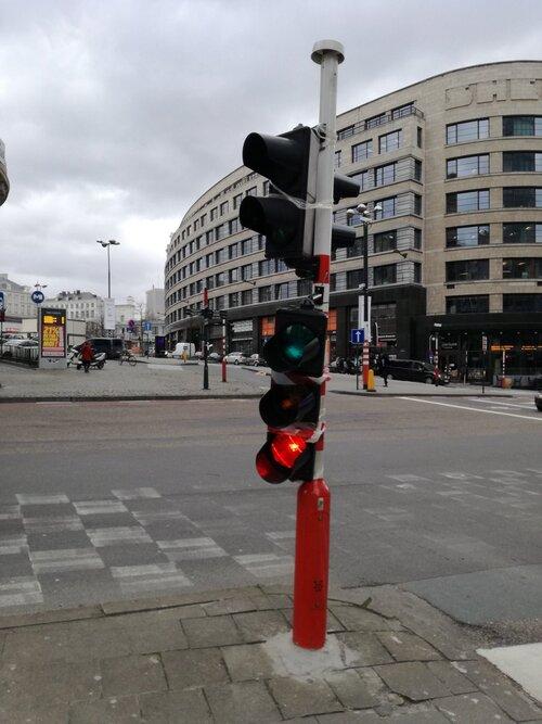 Quand Bruxelles-ville n'a plus assez d'argent pour réparer ses feux de circulation