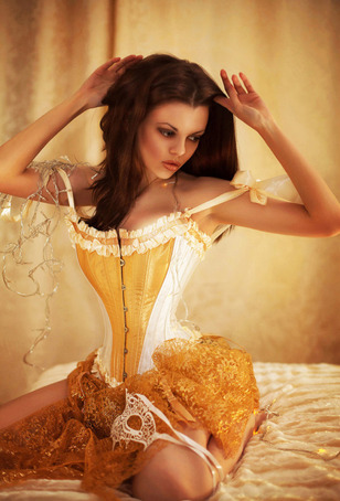 Lingerie Steampunk.....