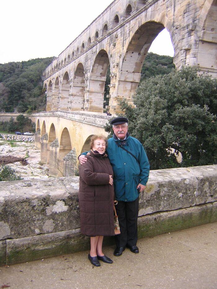 Bernard Deschamps, ancien député, rend hommage à Yvette Maillot,  sœur d'Henri Maillot qui est décédée samedi au CHU Mustapha-Pacha (Alger), à l'âge de 94 ans