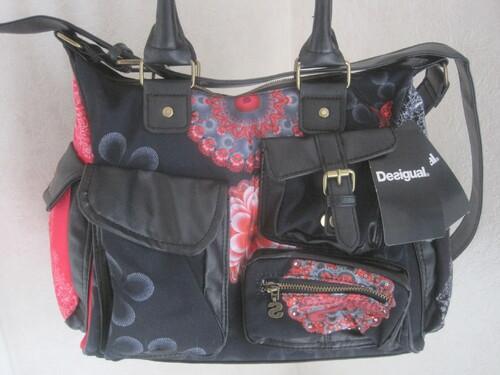 Un sac  dans la vie d'une femme