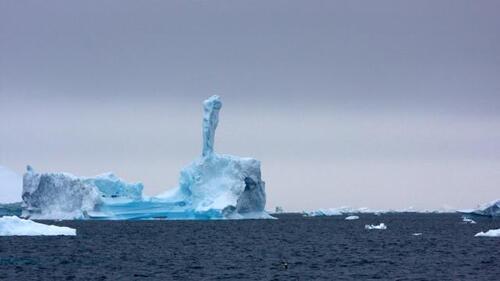 L'épaisseur des glaces a perdu jusqu'à 18 %