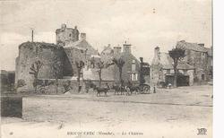 LES REMPARTS DE BRICQUEBEC (Manche)