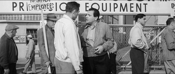 Le témoin doit être assassiné, The big operator, Charles F. Haas, 1959