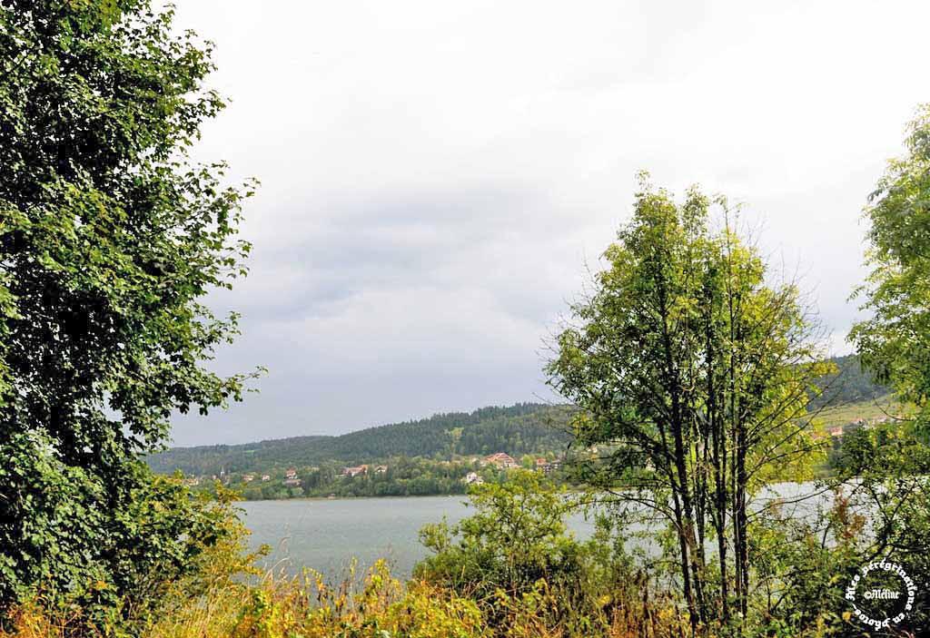 Le lac Saint Point...Jura... (2) ...A suivre