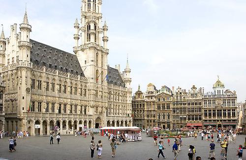 Hotel de ville de Bruxelles ( Sur la grande place de Bruxelles )