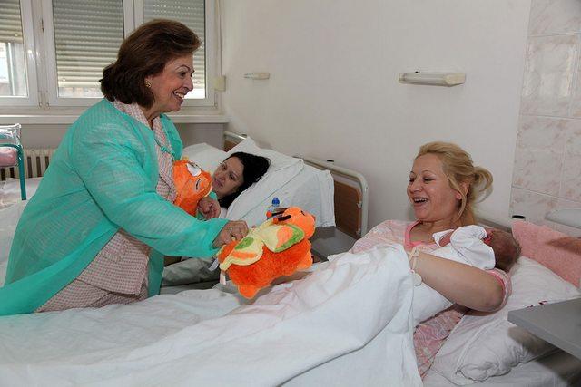 Dons à la maternité