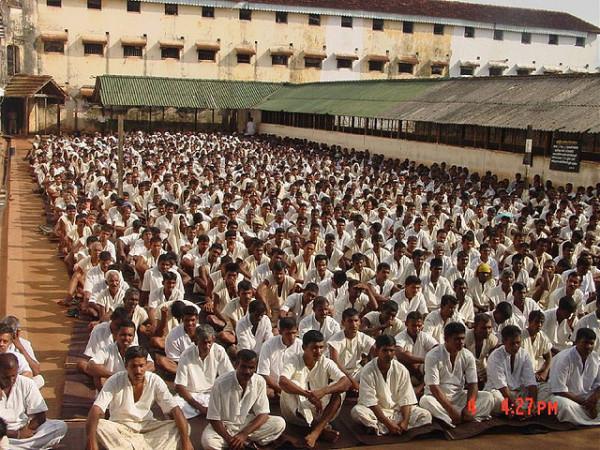 Méditation dans les prisons