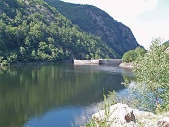 LES LACS DE L'ARIEGE L'ETANG DE SOULANET dans Lacs et étangs de l'Ariège GyAKGEufIEQCk5sFYEZ5Hlk5lys@350x263