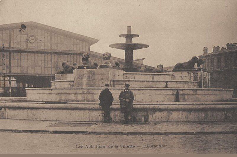 Parc de la Villette : La fontaine aux Lions de Nubie