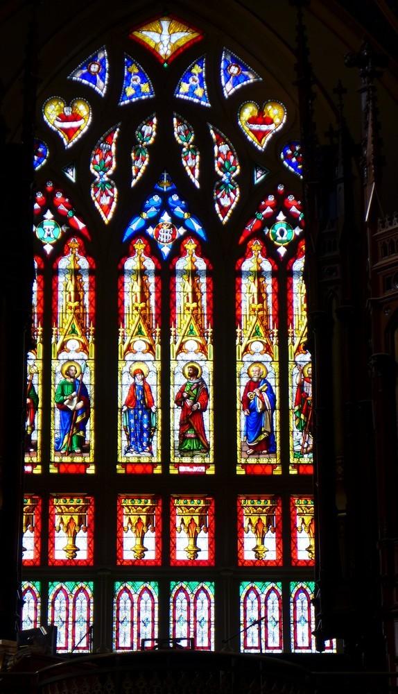 Les vitraux de la Basilique Notre-Dame à Ottawa...