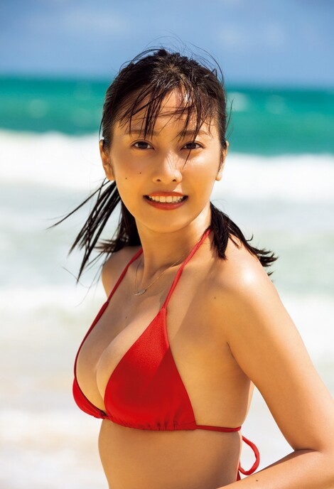 WEB Magazine : ( [FRIDAY Digital - Gravure] - |FRIDAY - 03/04/2020 - Hinako Sano : 佐野ひなこ 大ヒット写真集から未掲載カットを厳選公開| )