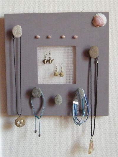 Un porte bijoux