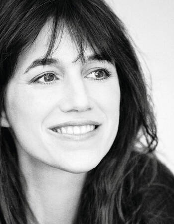 ➤ Charlotte Gainsbourg...
