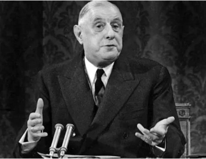 Proposition de débat d'actualité  sur le racisme et ses symboles... Charles de Gaulle était-il raciste ?