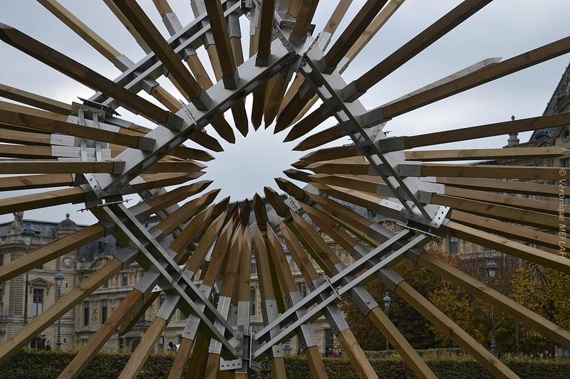 """Jardin des Tuileries : FIAC 2016 : """"Les injonctions Paradoxales"""" de Vincent Mauger"""
