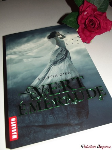 """""""Vert Emeraude"""" - Kerstin Gier"""