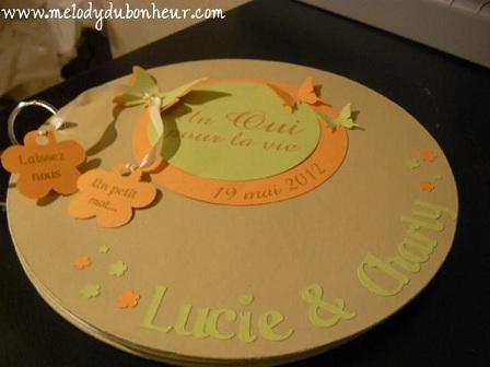 Livre d'or rond thème papillons/fleurs