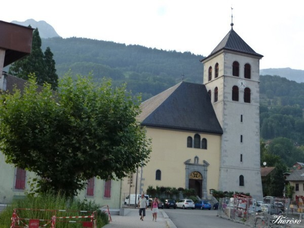 Eglise-sallanches--1-.JPG